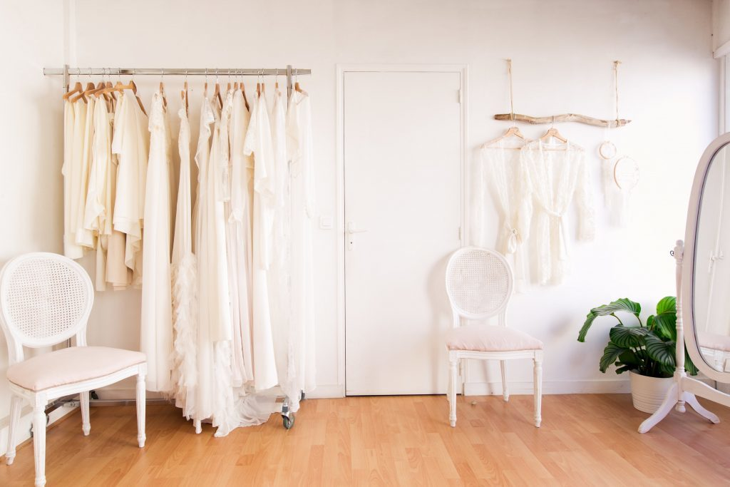 atelier de creation de robe de mariée en loire atlantique pers de nantes voici le showroom kamélion couture