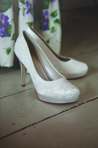 chaussures de mariée en dentelle