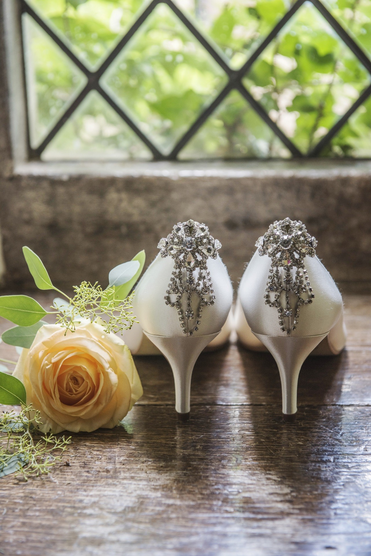 51c5b66fb8e272 Portrait, Wedding & Fashion Photographer. Electra Electra3  electra_rainbow_club. Catégorie : chaussures mariage