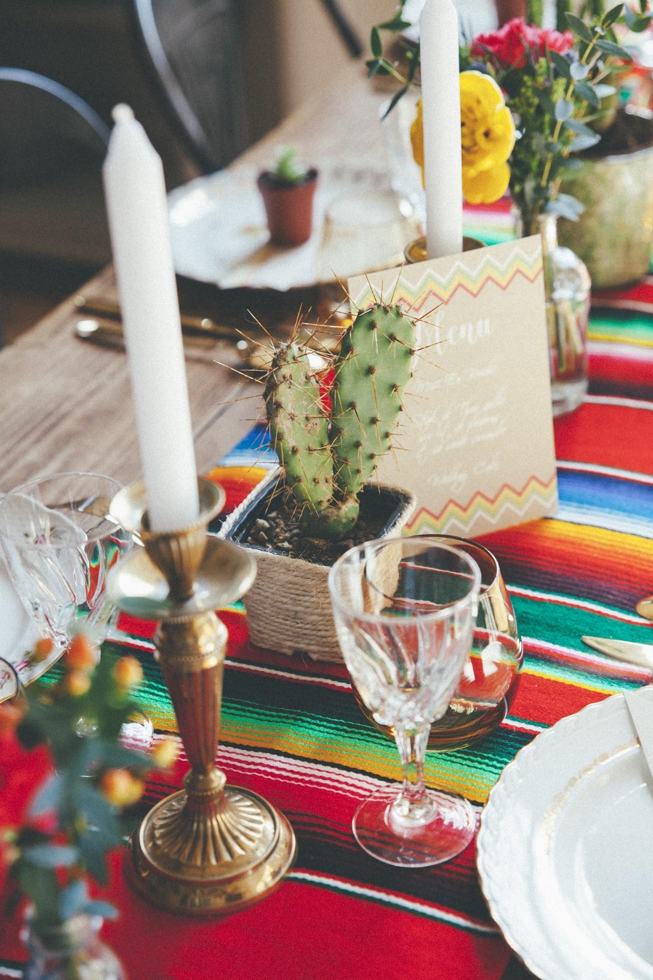 deco table theme mexicain