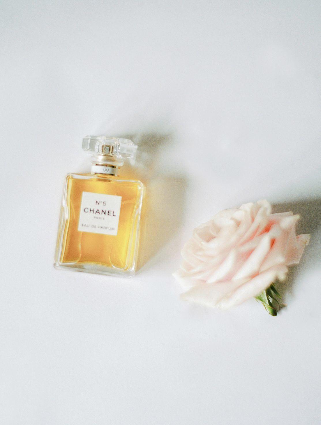 photo argentique parfum chanel numero 5