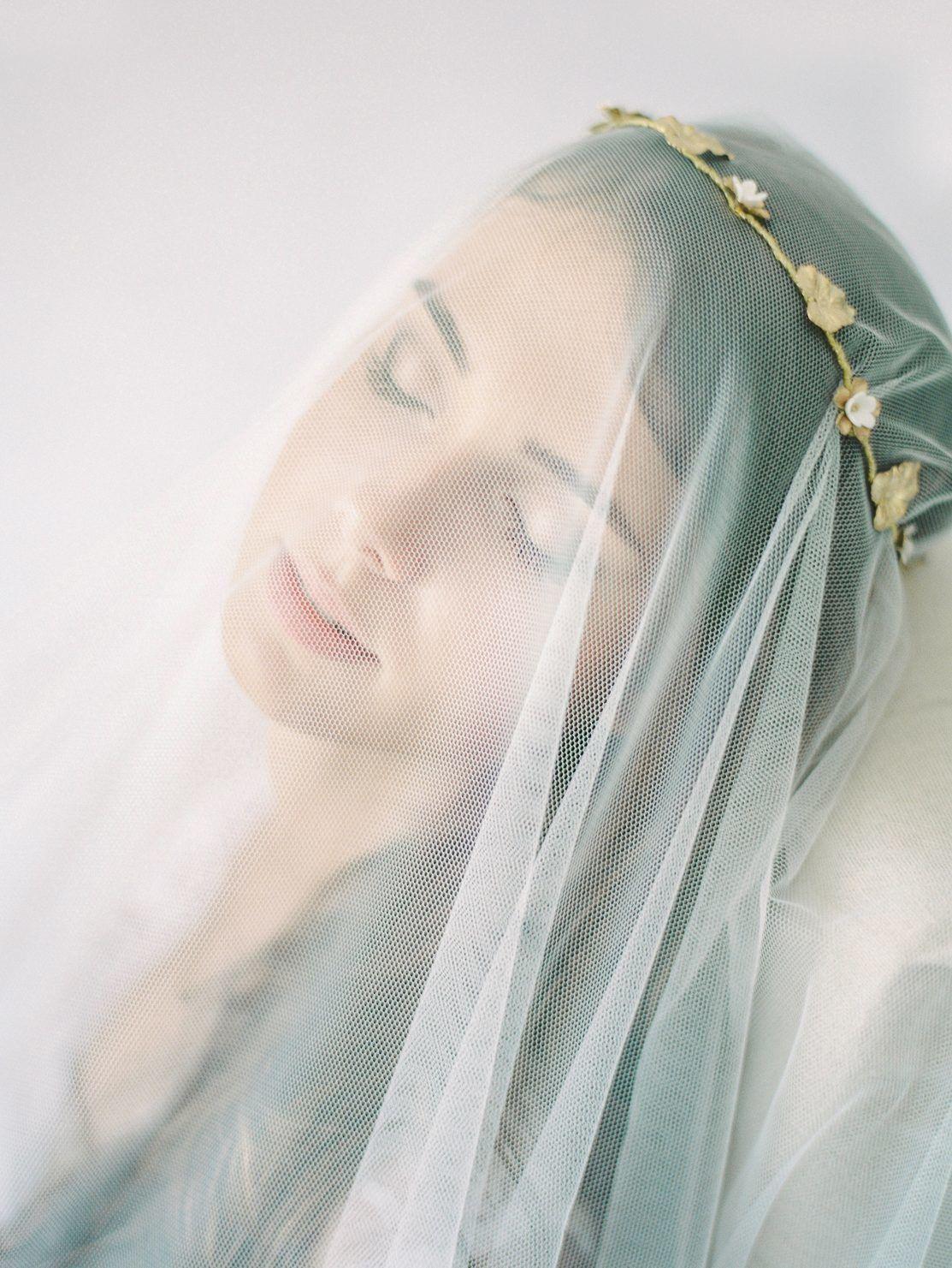 voile de mariée avec couronne bijoux