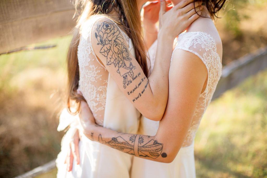 Ce couple de femme m'a fait confiance pour la création de leurs robes de mariée.