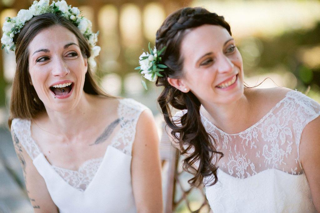 Pour leur mariage gay les filles ont choisi une cérémonie laïque au domaine de la ruade à côté de Ancenis.