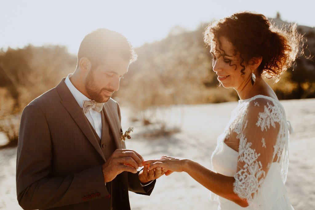 Se dire oui dans le désert c'est tellement romantique.