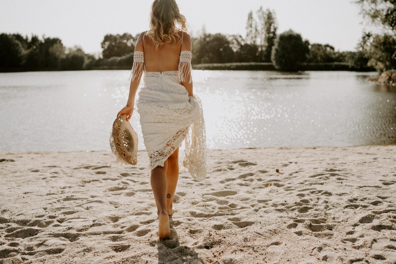 Un mariage les pieds dans l'eau s'était le rêve d'Ameline.