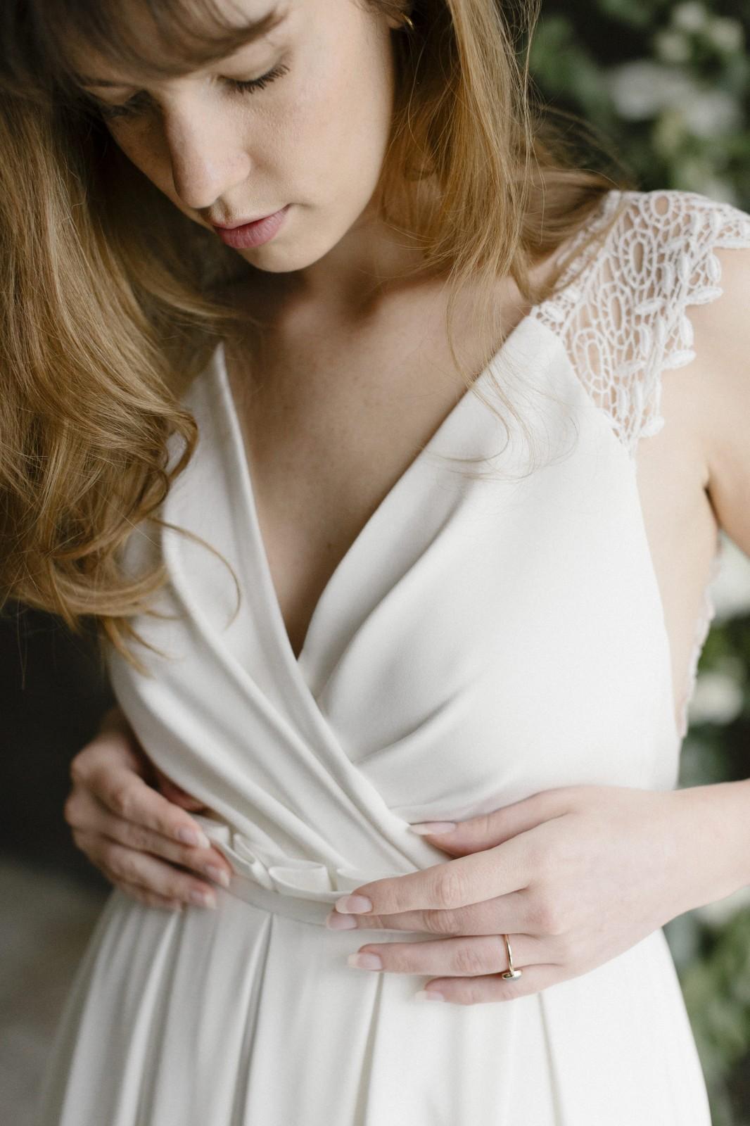 Cette robe de mariée est conçu pour etre zéro déchet.