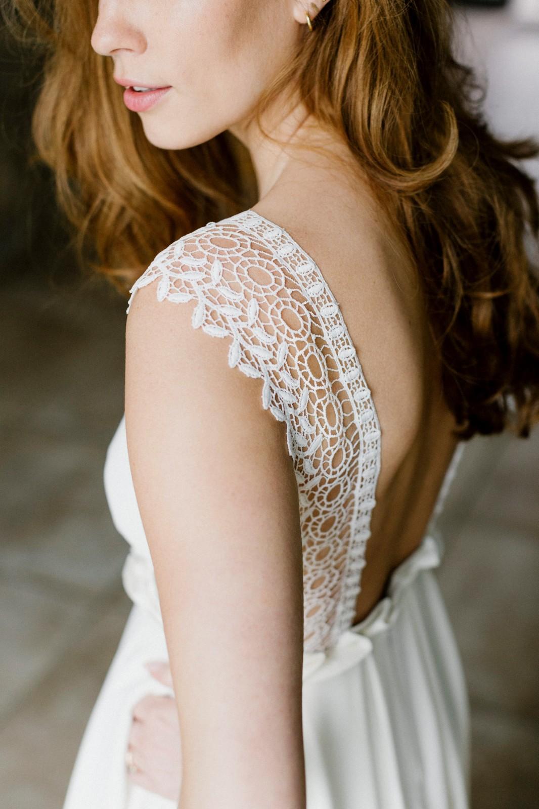 Detail de la robe de mariée zoé, un robe ecologique